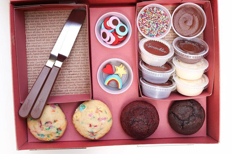 DYO Cupcakes at Home with Sprinkles Cupcakes